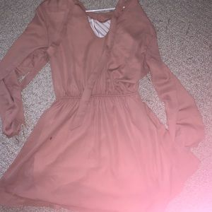 Dresses & Skirts - Long sleeve pink dress